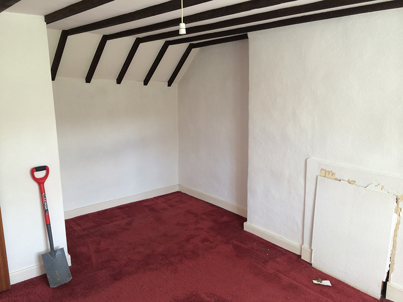 Master bedroom before restoration
